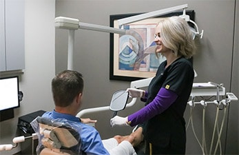 new-patient-with-dental-hygienist